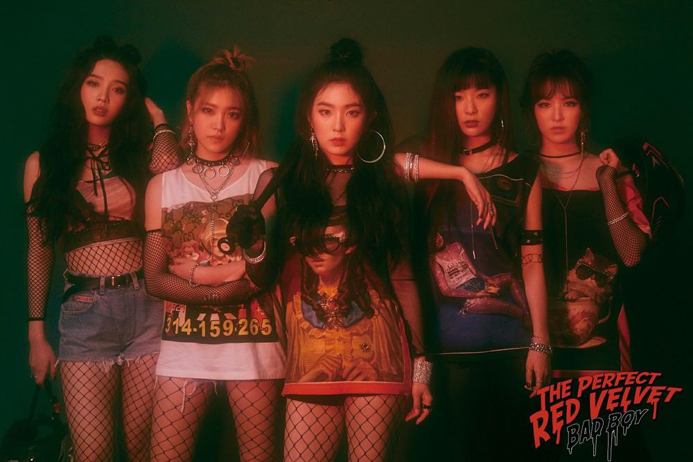 레드벨벳은 지난 29일 리패키지 앨범 <더 퍼펙트 레드벨벳>을 발표했다.