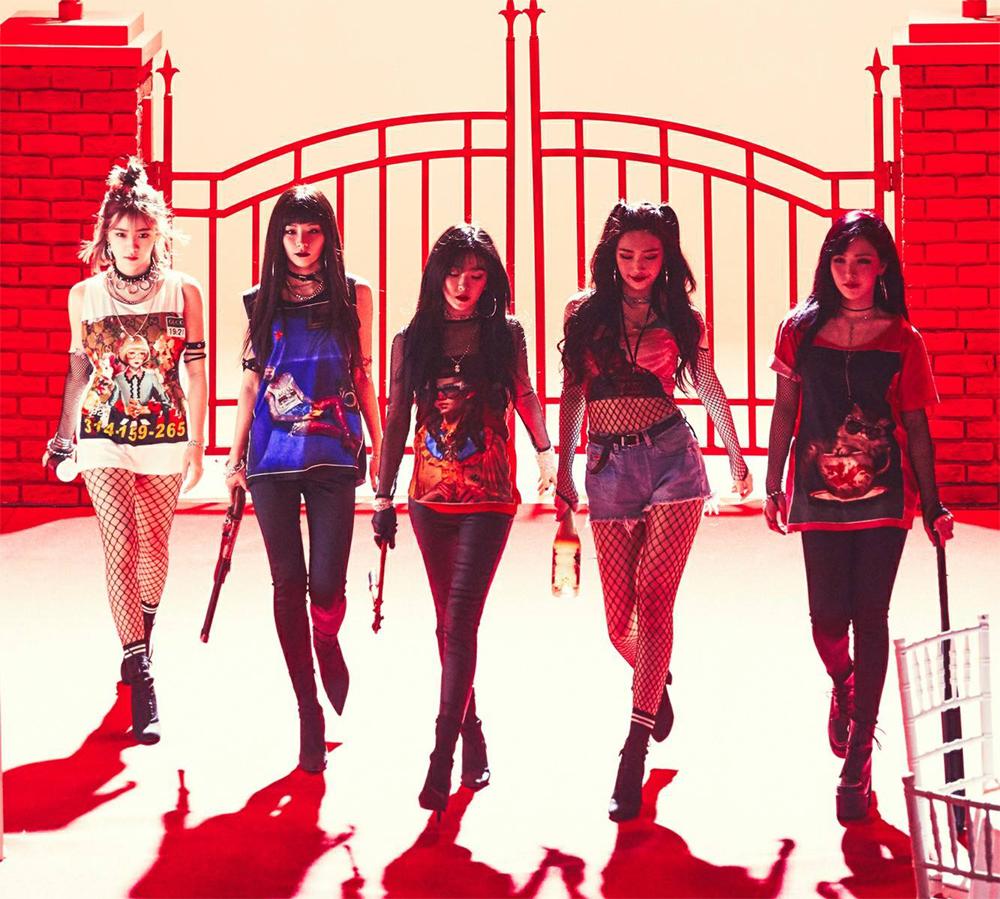 레드벨벳은 데뷔 이후 지금까지 한 가지 콘셉트에 얽매이지 않는 자유분방한 매력을 자랑했다.