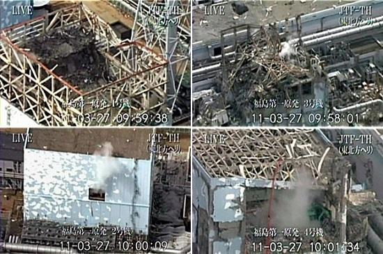 동일본대지진 발생 16일째인 2011년 3월 27일 도쿄전력이 공개한 후쿠시마제1원전의 처참한 모습. 왼쪽이 1, 2호기(위쪽부터), 오른쪽이 3, 4호기다.