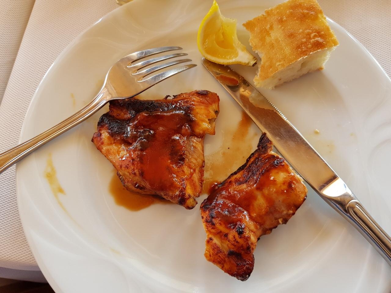 식용 철갑상어 요리