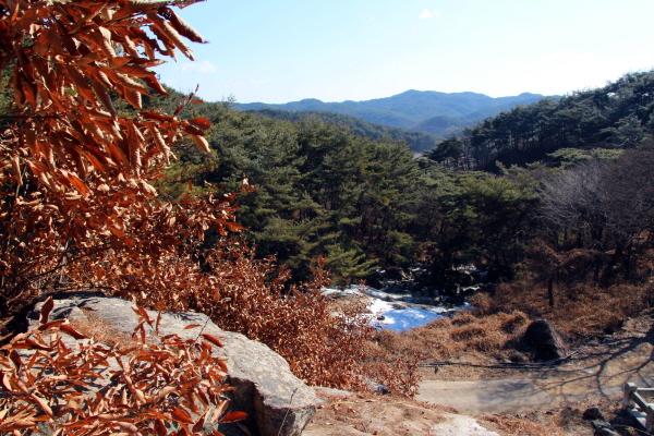 진주 낙수암 뒤편에서 바라본 풍경