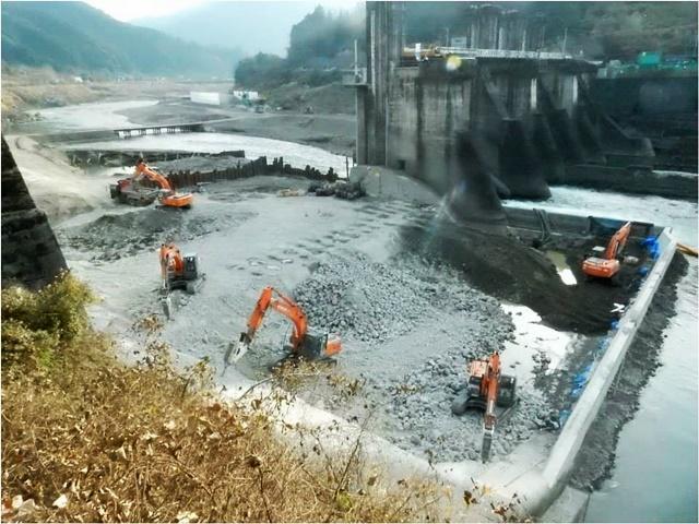일본 아라세댐 철거 현장. 아라세댐처럼 4대강 보들도 곧 철거돼야 한다.