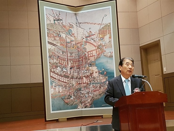 이순신 정신 알리는데 앞장 서고 있는 김종대 전 헌법재판관