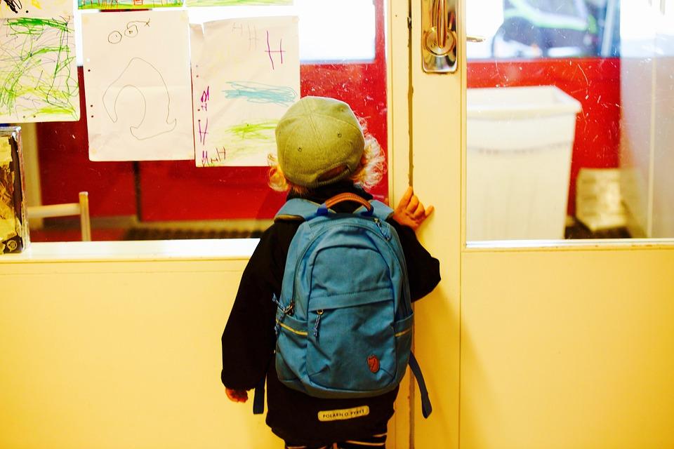 '초등학교 1학년 학부모'라는 이름을 처음 얻은 한해를 되돌아보며 반성하고 느낀 것들.