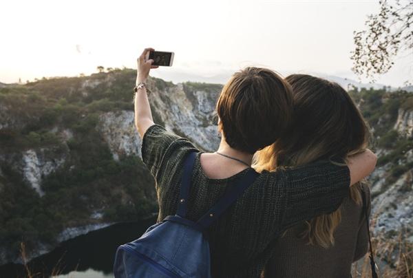나이 들면 친구가 소중해지는 시간이 오겠지 하면서 우정을 지키며 기다리길 얼마나 잘했는지