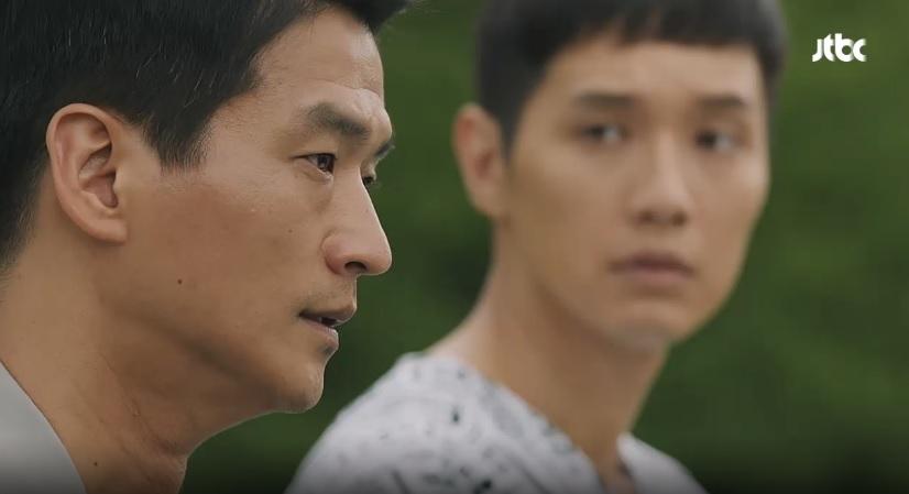 드라마 <송곳>의 한 장면