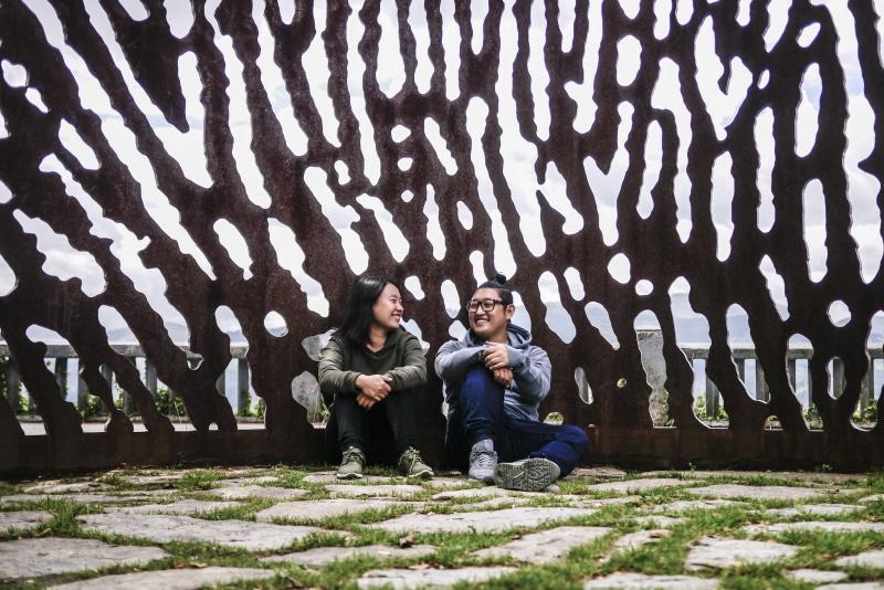 부부는 일년에 두세달 함께 여행을 하고 예스 24에 여행기를 연재한다. 이 사진은 스페인 빌바오에게 찍었다.