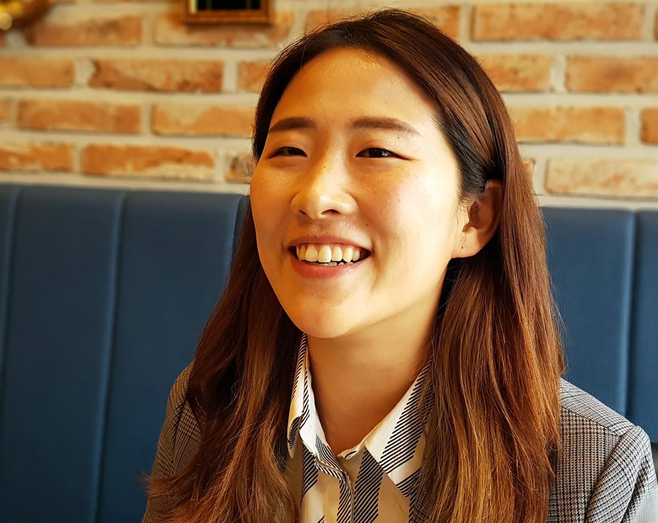 우리미래 공동대변인 김소희 10대 시절을 HOT에 빠져 보냈고, 직장생활하면서는 서태지에 빠졌던 김소희. 지금은 정치에 빠져 정당의 공동대표까지 올랐다. 지금은 우리미래 공동대변인.