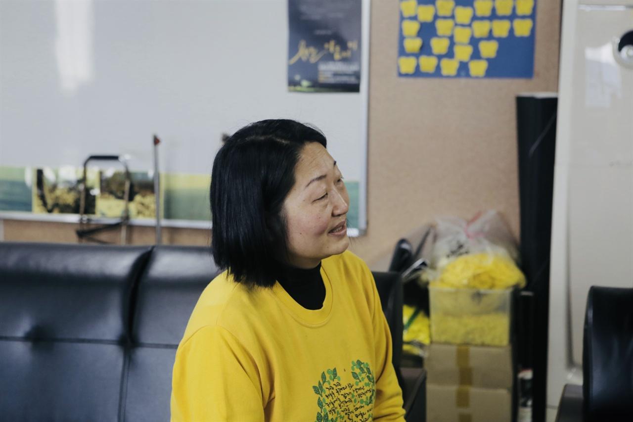 '신호성' 학생 어머니 안산 합동분향소에서 유가족 간담회를 진행 중 '신호성' 학생 어머니
