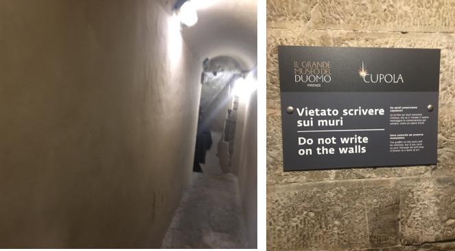 깨끗해진 벽   낙서를 하지 말라는 표지판이 붙어 있다. 2017년 12월