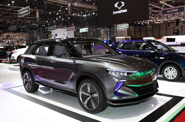 쌍용자동차 이브이(EV) 콘셉트카, 이(e)-에스아이브이(SIV) 6일(현지시각) 스위스 제네바에서 열린 제 88회 제네바 모터쇼에 등장한 쌍용차의 e-SIV 콘셉트카