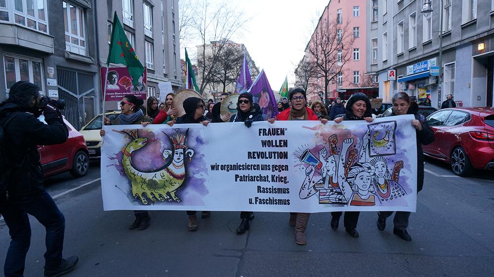 베를린에서 다양한 인종의 여성들이 연대했던 세계 여성의 날