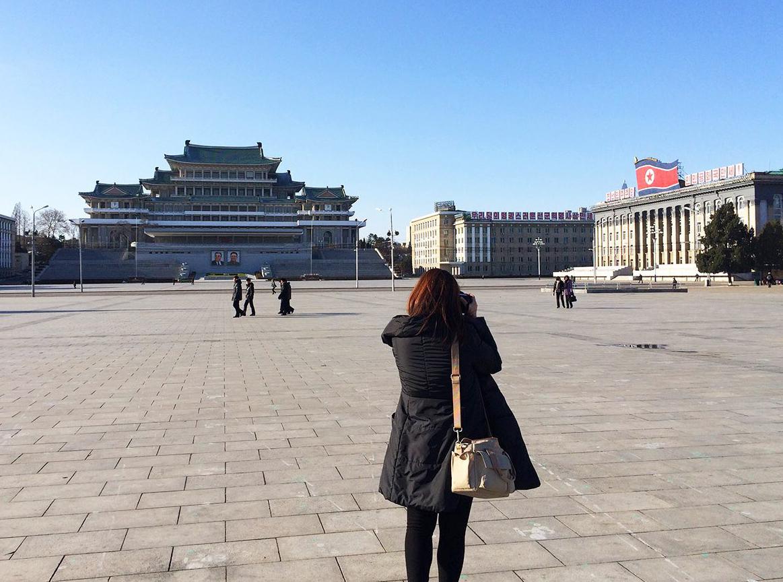 2015년 평양에서 실무협의차 방문했던 평양 김일성광장에서