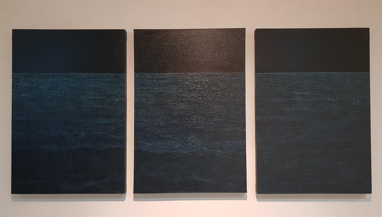 검은 바다.  조정태.  72.7x50cm.  Oil on canvas. 2016
