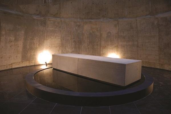 제주4·3평화기념관 안에 전시되어있는 4·3 백비(白碑, unnamed monument)