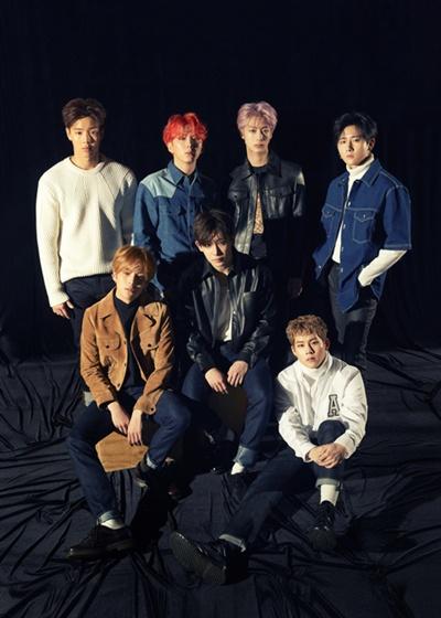 몬스타엑스는 26일 새 미니앨범 <더 커넥트: 데자뷔>를 공개했다.