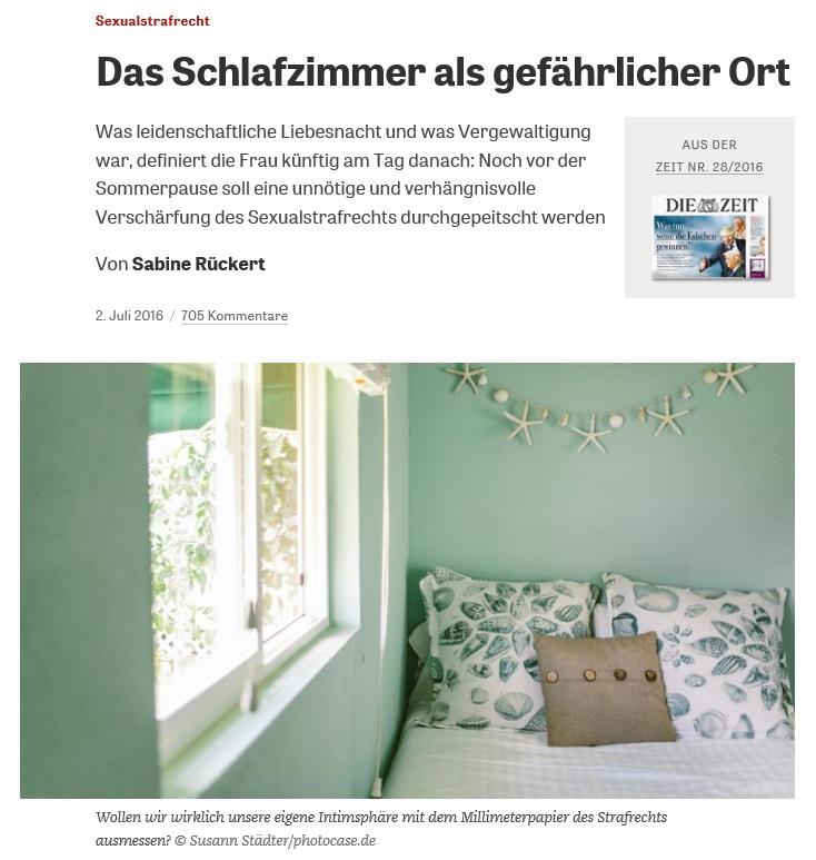 '위험한 곳으로서의 침대'라는 제목의 여성 언론인 자비네 뤼커트의 칼럼 (출처: 독일 언론사 디 자이트 DIE ZIET 홈페이지)