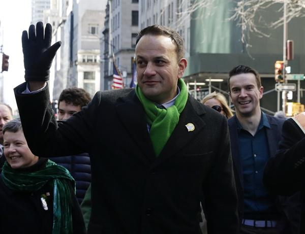 뉴욕서 성 패트릭 데이 퍼레이드 참석한 아일랜드 총리