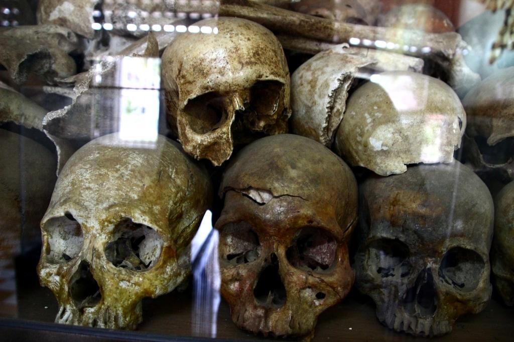 1970년대 킬링필드 당시 희생된 캄보디아인들의 유골들.