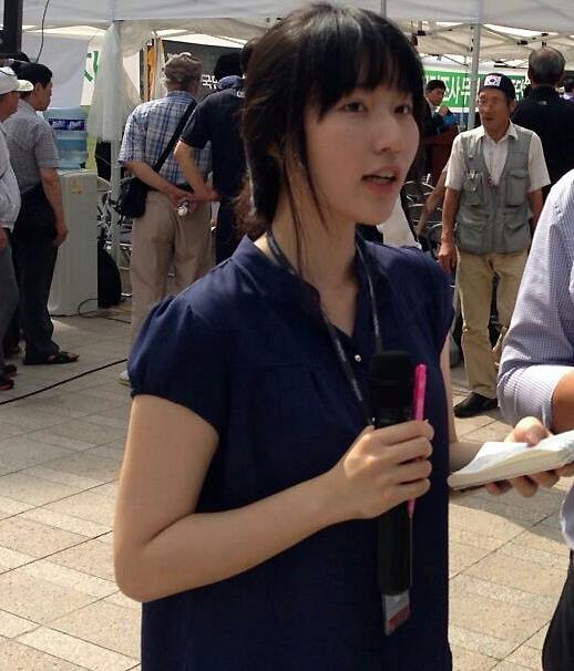 금천구 무소속 구의원 예비후보 곽승희 2013년 8월, 인터넷언론 방송팀에서 리포터로 일할 때의 곽승희씨. 일은 힘들었지만 '들려야할 목소리를 전한다'는 자부심으로 버텼다. 그러나 자부심에도 한계는 있었다.