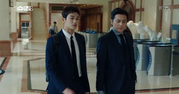 KBS2 수목드라마 <슈츠>의 한 장면