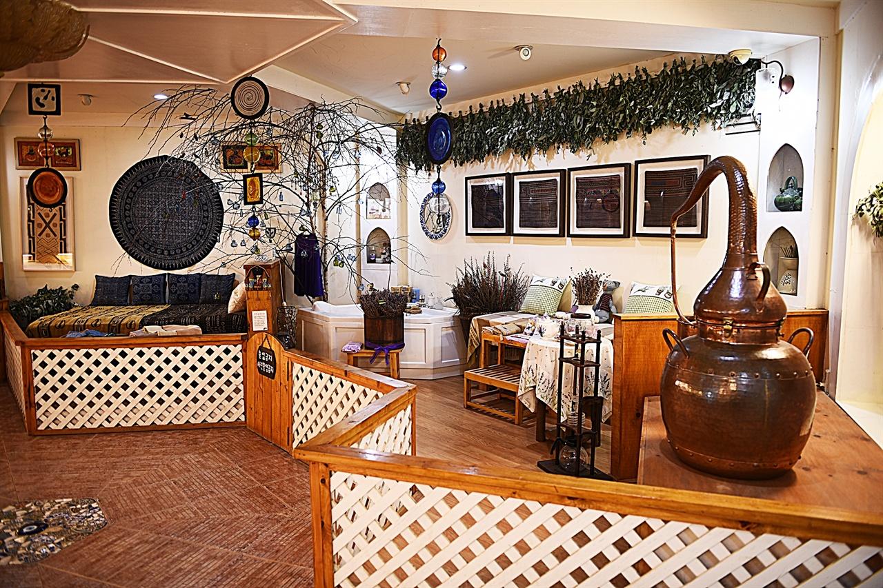 허브박물관  허브박물관은 허브역사관, 생활관, 허브나라관으로 구성되어 있다. 사진은 생활관.