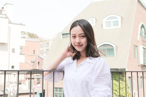 고민시 지난 6일 종영한 tvN 드라마 <라이브>에서 오양촌(배성우 분)과 안장미(배종옥 분)의 딸 오송이 역할을 맡은 배우 고민시가 15일 오후 서울 상암동 오마이뉴스 사옥에서 인터뷰를 나눴다.