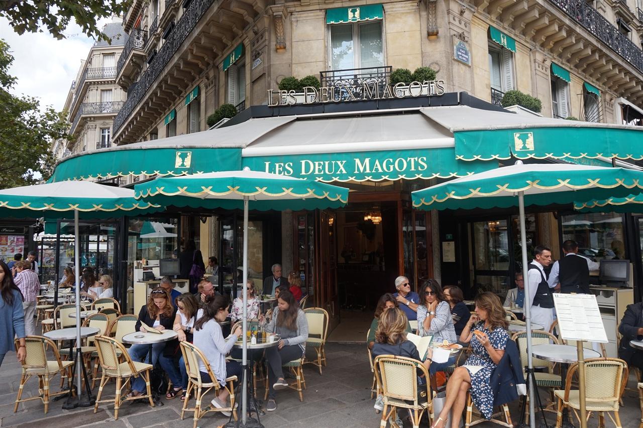 카페 레 되 마고 파리의 대표적인 카페 중 하나인 카페 레 되 마고