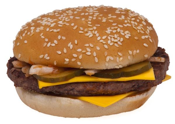 최저임금 산입범위 논의, 햄버거까지 빼앗아 가는 건 아니겠죠?