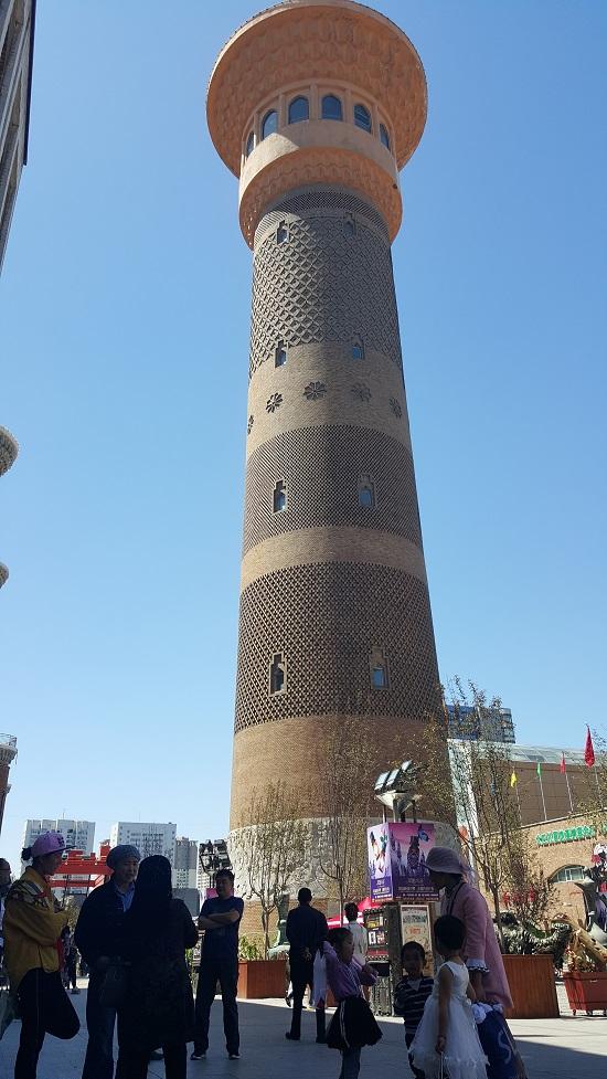 우루무치 국제 대 바자르 이슬람 양식의 전망대