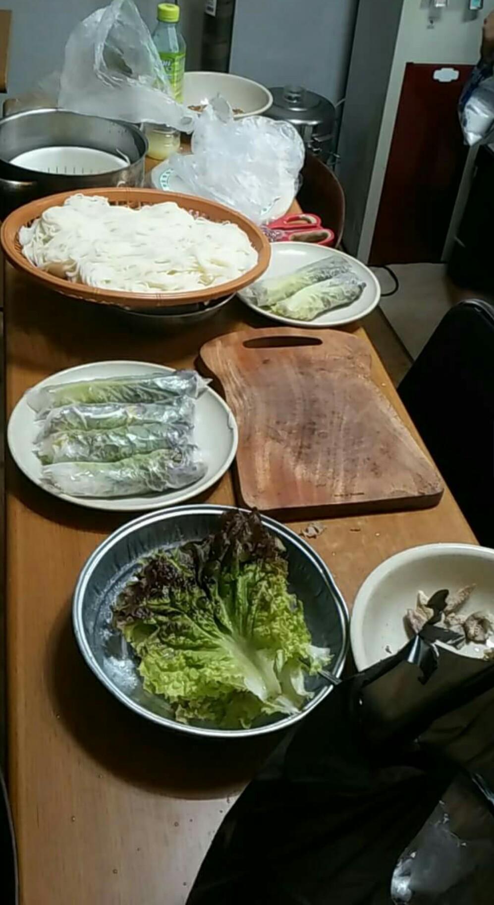 국수 캄보디아인들이 즐겨 먹는 국수