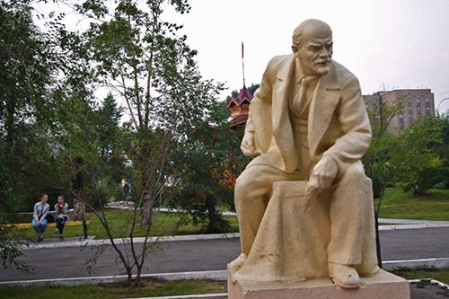공원에서 만난 레닌 동상