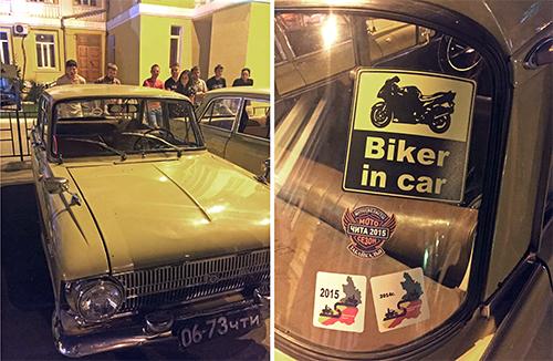 라이더들이 모여 있는 장소에 있는 올드카. 1960년대 차라고 하는데 차 주인이 어렵게 구했다며 자랑했다. 그도 라이더여서 스티커를 차 뒷편에 붙이고 있었다.