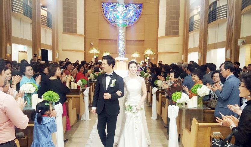 지난 5월 26일 결혼한 임진성 변호사 부부. ?