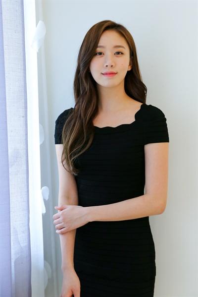 KBS '슈츠'에서 법무법인 강앤함의 법률보조 사무주임 '패러리걸(paralegal)' 김지나 역할을 맡은 배우 고성희.