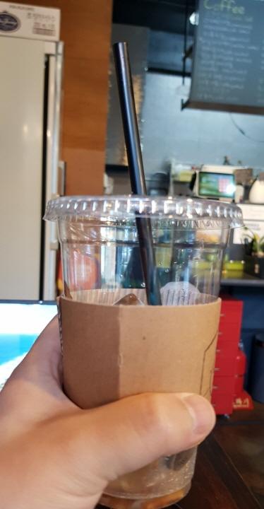 동네카페도 스타벅스만큼 맛있었다. 내가 관심을 가지지 않았을 뿐