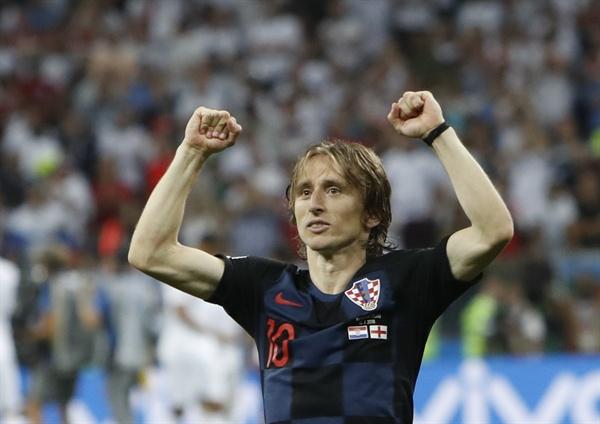 2018년 7월 12일 오전 3시(한국시간) 러시아 월드컵 준결승 크로아티아와 잉글랜드의 경기. 크로아티아의 미드필더 루카 모드리치가 팀의 승리에 기뻐하고 있다.