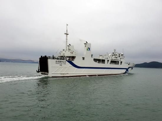 한일카훼리 1호 대체 선박인'실버클라우드호'가 건조가 늦어지면서 오는 10월까지 장기 운항공백이 우려됐던 완도-제주 뱃길에 오는 14~15일경부터 임시 대체선인 송림블루오션호가 투입된다.