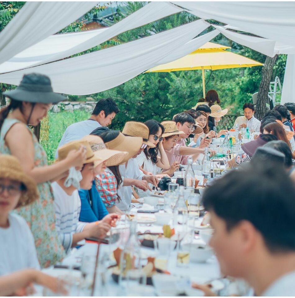 내일의 테이블 슬로푸드문화원이 주최한 '내일의 테이블'이라는 행사에서 네이처오다의 한우요리를 선보였다.