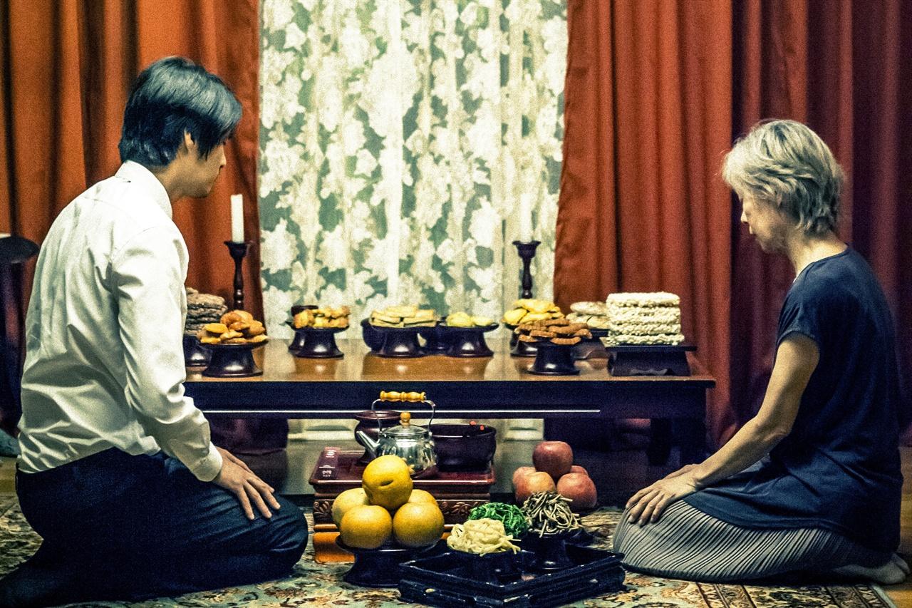 영화 <행복의 나라>의 한 장면.