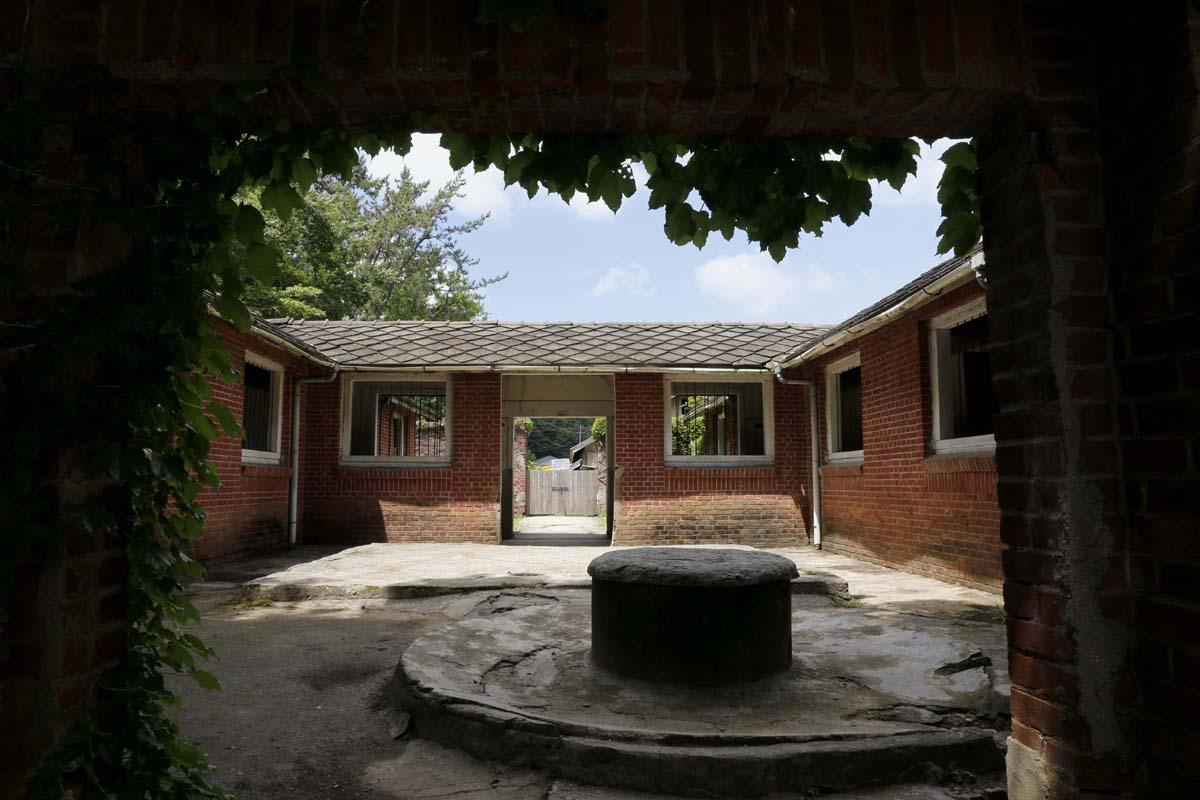 일제 강점기 한센인들의 형무소였던 감금실 풍경. 지금은 등록문화재로 지정돼 있다.