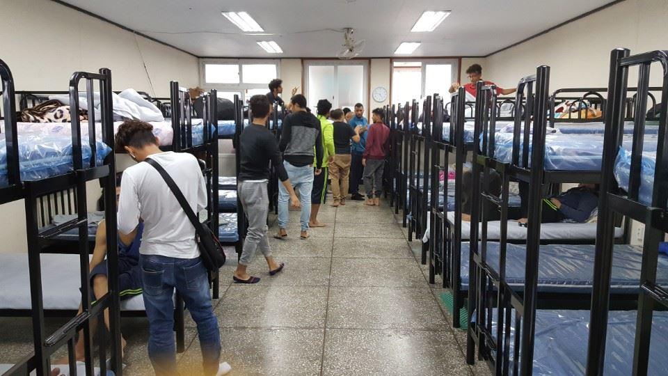 제주에 온 예멘 난민들 쉼터, 침대설치 후