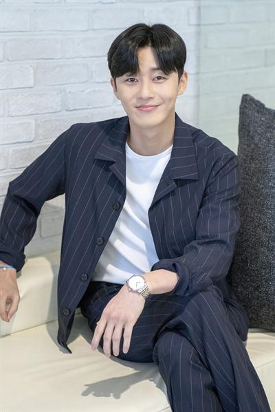박서준 배우 박서준이 31일 오후 서울 논현동의 한 카페에서 tvN 드라마 <김비서가 왜 그럴까> 종영을 기념해 인터뷰를 진행했다.