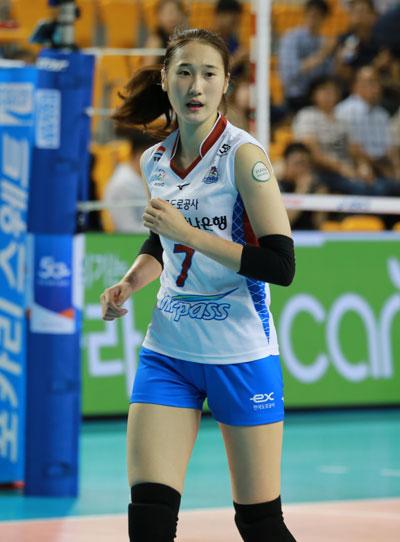하혜진(181cm) 선수... 2018 여자배구 KOVO컵 대회 (충남 보령종합체육관, 2018.8.8)