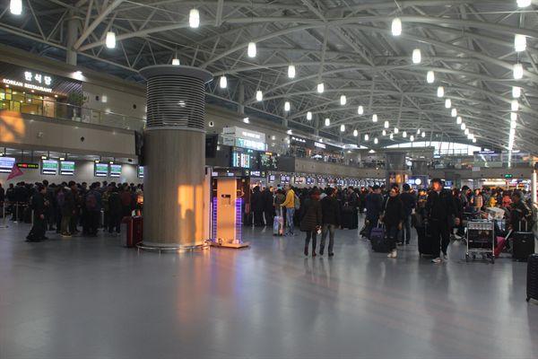 부산 김해국제공항 출국장 모습