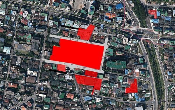 붉은 색이 광주의 대형교회인 동명교회가 사들인 동명동 일대 주택과 부지.