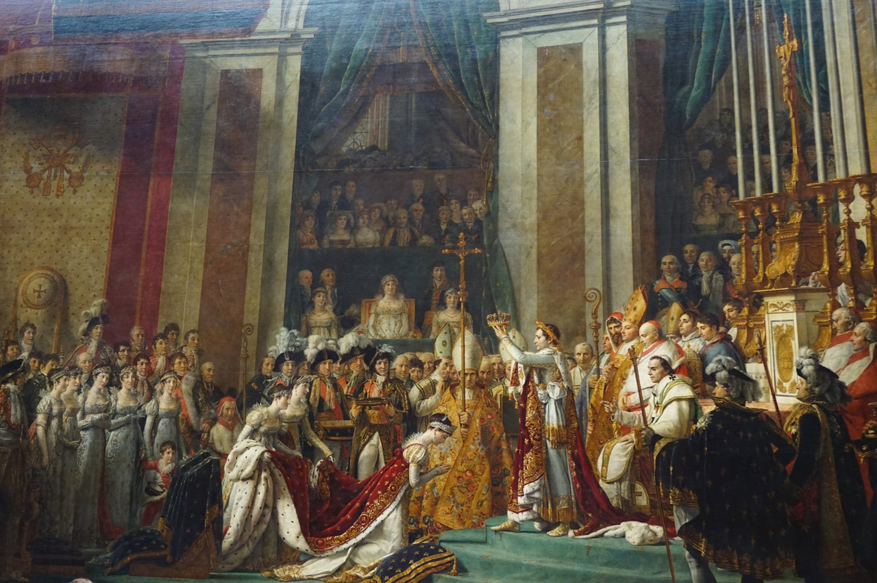 루브르 박물관에 걸려 있는 자크 루이 다비드의 <나폴레옹 대관식>. 1807년작.