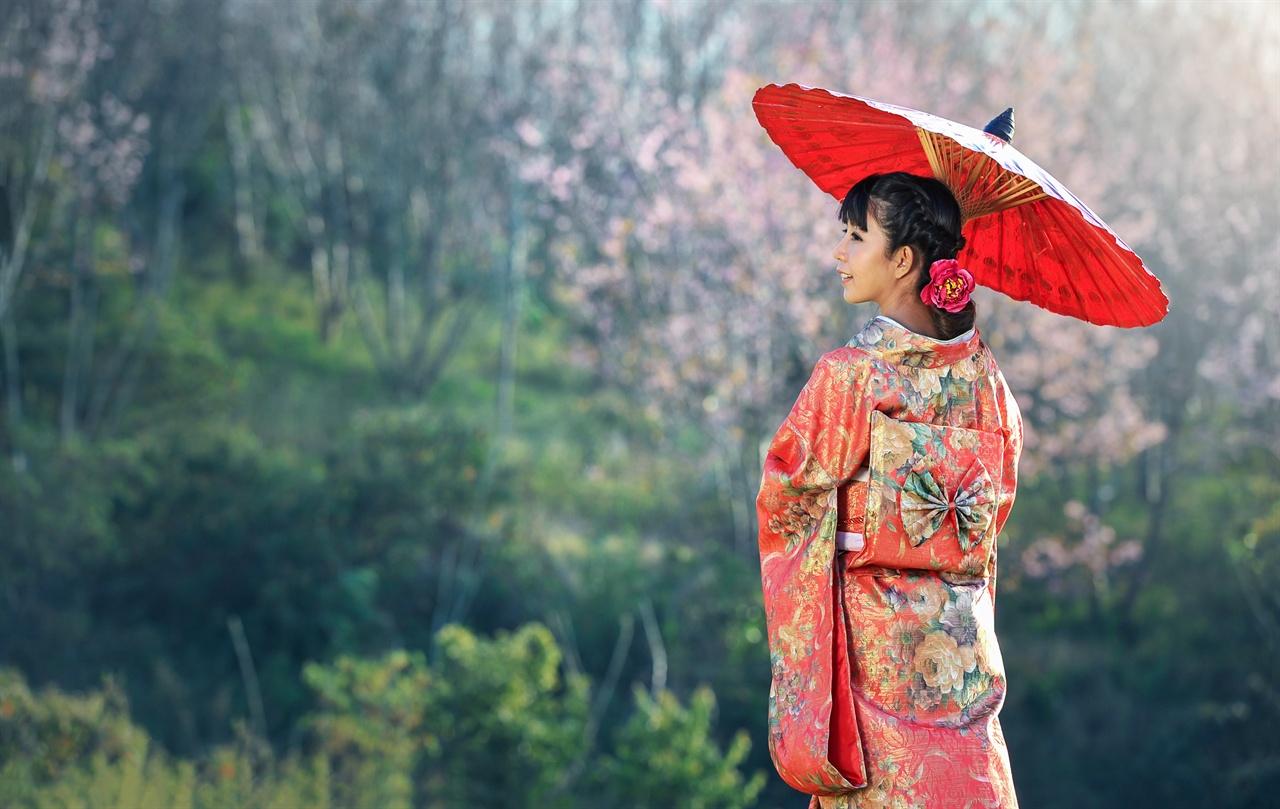 기모노 일본 성인식의 예복