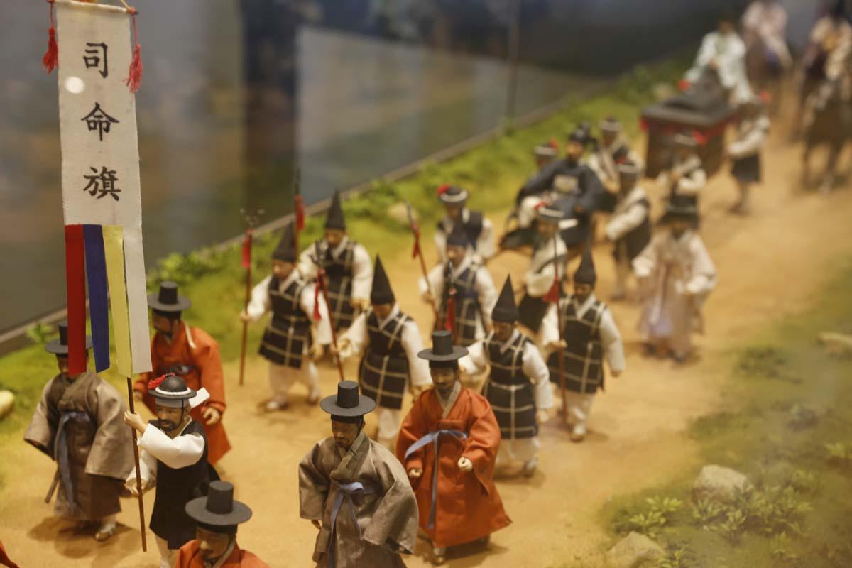옛 나주목사의 행차 모습. 나주목문화관에 모형으로 전시돼 있다.