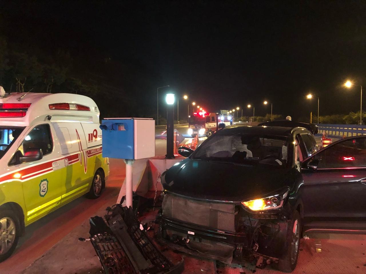 25일 교통사고 관련 사진 교통사고 관련 사진